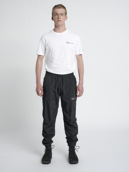 HALO NYLON PANT, BLACK, model