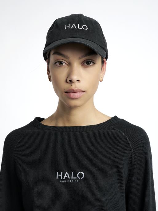 HALO CAP, BLACK, model