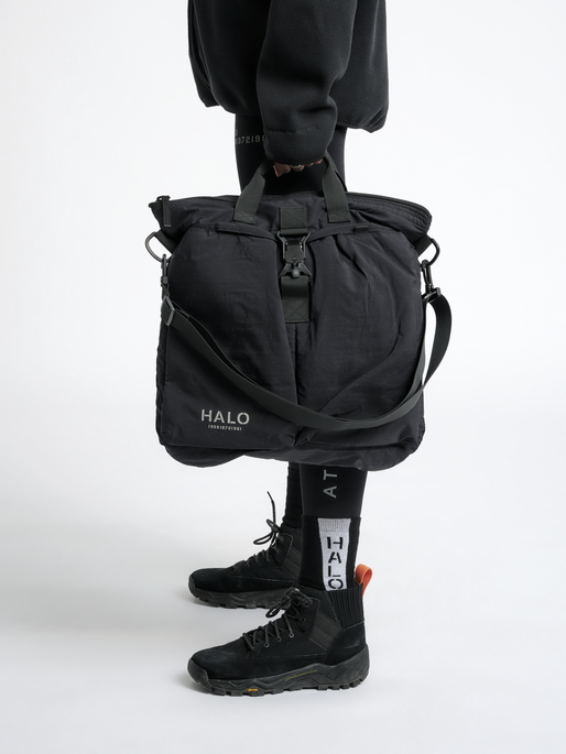 HALO HELMET BAG, BLACK, model